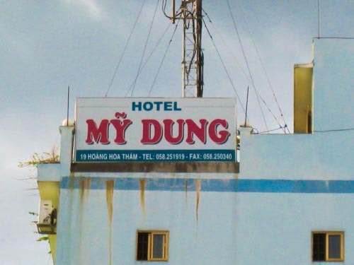Hotel My Dung in Vietnam - Funny Sign