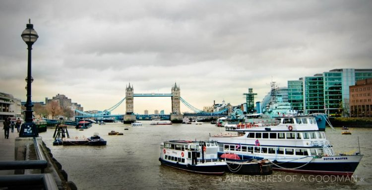 Tower Bridge and the River Thames on a cold and rainy late-December day