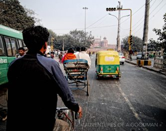 new_delhi-Tuk_Tuk-ride-adventuresofagoodman-min