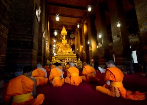 A monk chanting session at Wat Pho in Bangkok, Thailand