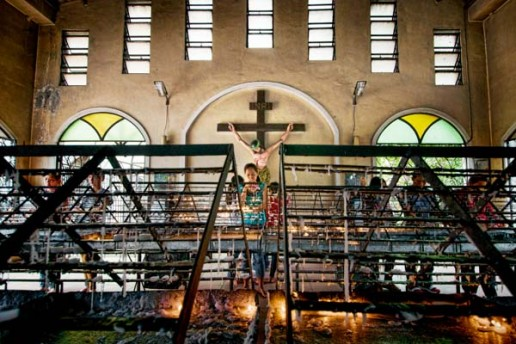 A devotee at the National Shrine of Our Mother of Perpetual Help. Aka, the Redemptorist Church or the Baclaran Church in Manila